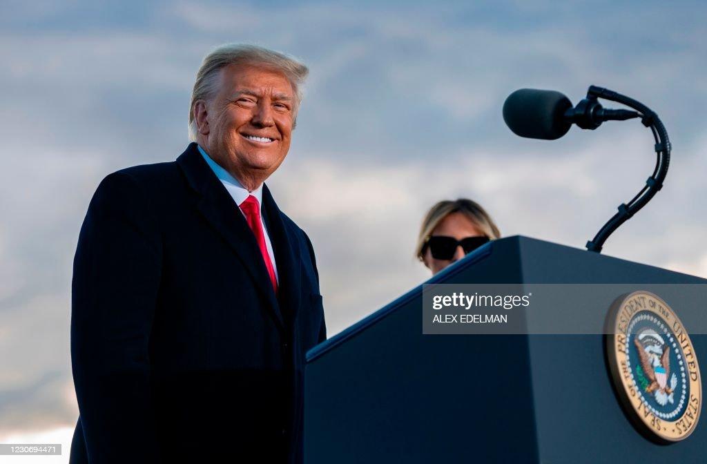 US-POLITICS-DEPARTURE-TRUMP : News Photo