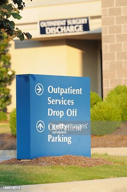 outpatient services drop off parking and discharge - outpatient care stock pictures, royalty-free photos & images