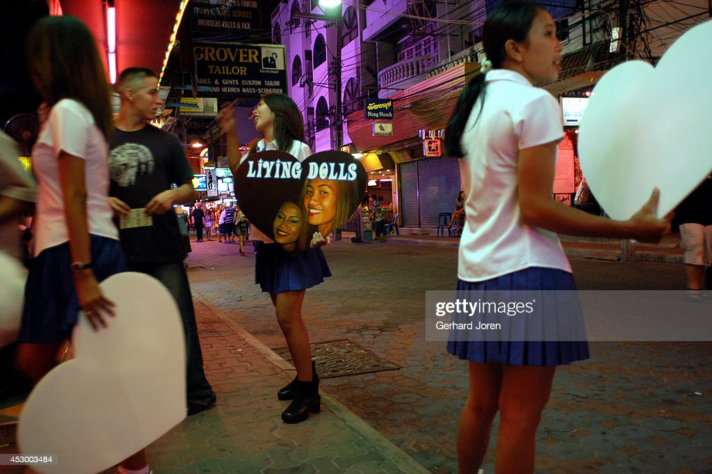 Pattaya girls girls street street walking Pattaya walking download