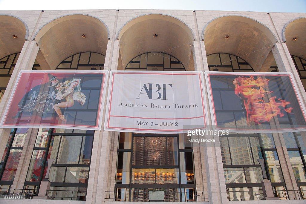 2016 American Ballet Theatre Spring Gala : News Photo
