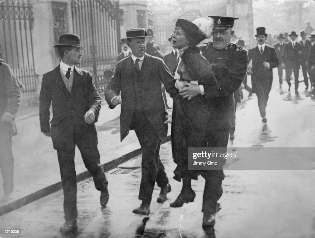 Pankhurst Arrested : News Photo