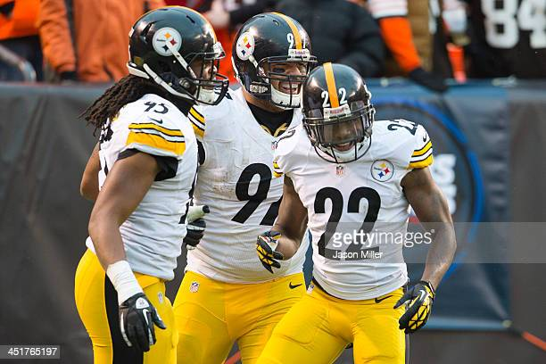 Outside linebacker Jarvis Jones defensive end Cameron Heyward and cornerback William Gay of the Pittsburgh Steelers celebrate after Gay ran in an...