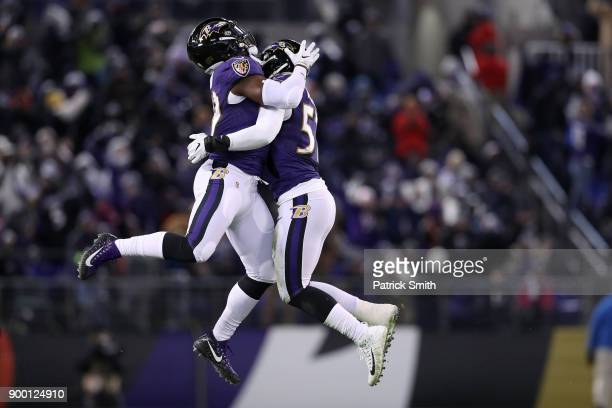 Outside Linebacker Matt Judon and inside linebacker CJ Mosley of the Baltimore Ravens react after a play in the second quarter against the Cincinnati...