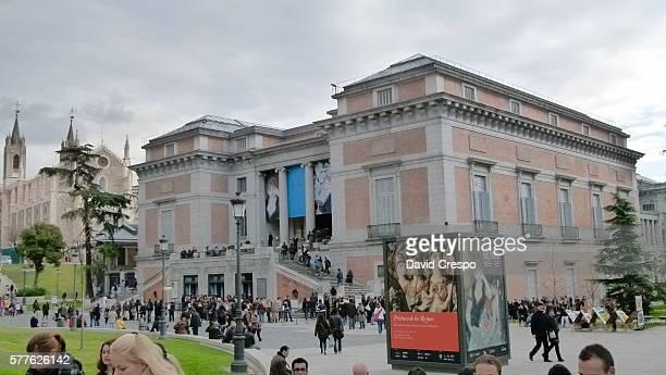 Outside Museo del Prado