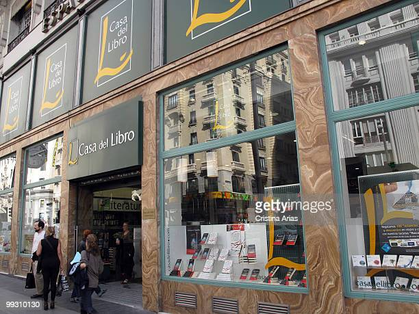 Casa del Libro traditional bookshop, Gran Via Street, Madrid ...