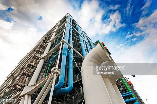 outside of the pompidou centre in paris - centre georges pompidou stock pictures, royalty-free photos & images