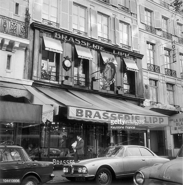 Outside view of the Brasserie LIPP at SaintGermaindesPres in Paris in 1963