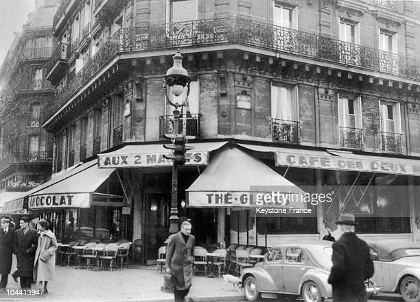 Outside view of the cafe AUX DEUX MAGOTS in Paris in 1952