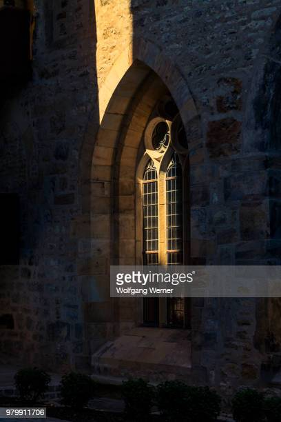 outside view of window church, erfurt, thuringia, germany - erfurt stock pictures, royalty-free photos & images