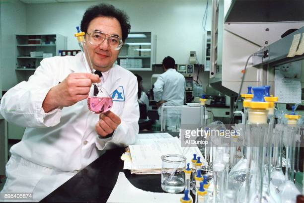 Outspoken Apotex founder Barry Sherman shoots from the lip in battling government changes to drug patent laws
