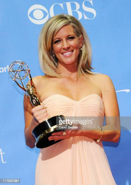 Outstanding Lead Actress award winner Laura Wright poses in the press room at the 38th Annual Daytime Entertainment Emmy Awards held at the Las Vegas...