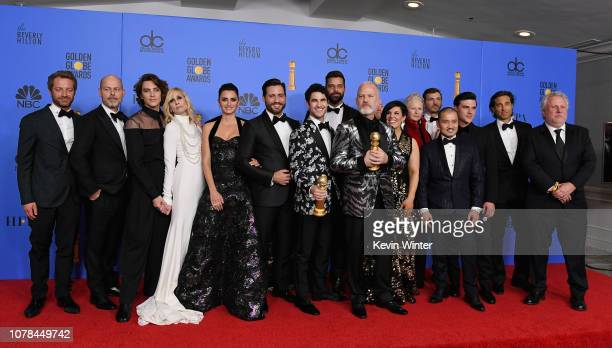 Outstanding Limited Series award for 'The Assassination of Gianni Versace American Crime Story' winners Cody Fern Judith Light Penelope Cruz Edgar...