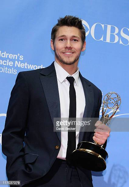 Outstanding Younger Actor in a Drama Series award winner Scott Clifton poses in the press room at the 38th Annual Daytime Entertainment Emmy Awards...