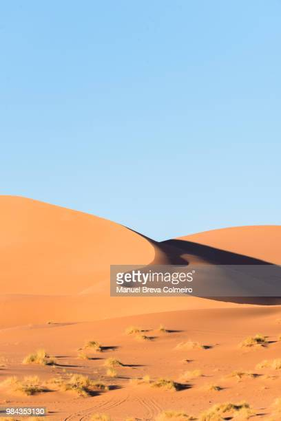 ouzina desert - merzouga stock pictures, royalty-free photos & images