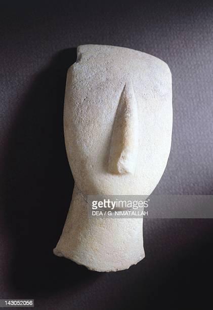 Ovalshaped head marble from Amorgos Greece Cycladic culture 3rd millenium BC Athens Moussío Kikladikís Téhnis