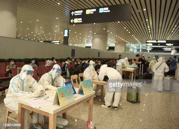 Over 40000 people from abroad will come to Guangzhou in the next week during the outbreak of novel coronavirus on 25th March, 2020 in...