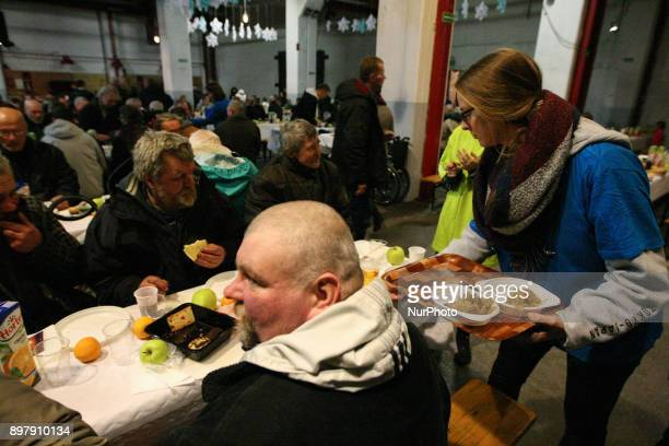 Over 500 people take part in the Christmas Eve meal in Gdansk Poland on 23 December 2017 Traditional Polish Christmas Eve meal was organized by...