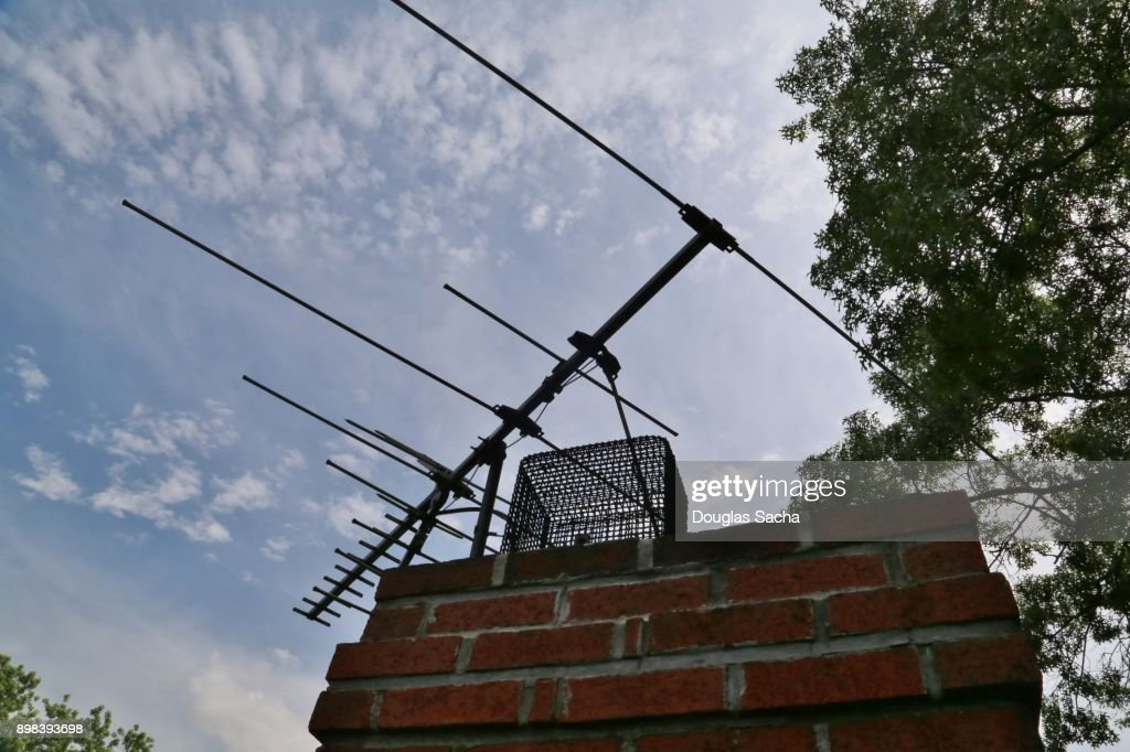 Over The Air Fixed Mounted Tv Antenna Mounted On A