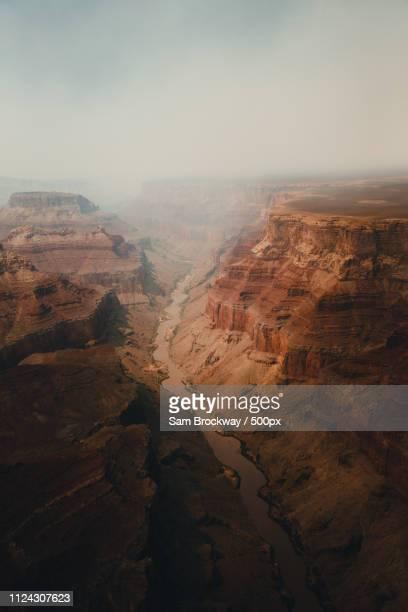 over the canyon - erosionado fotografías e imágenes de stock