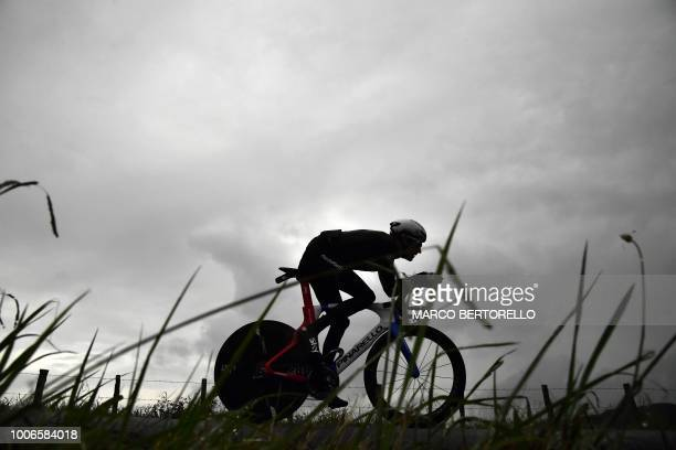 Overall leader Great Britain's Geraint Thomas trains on the stage's route, prior to the 20th stage of the 105th edition of the Tour de France cycling...