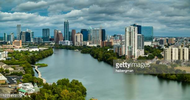 overcast day in downtown austin - austin texas stock pictures, royalty-free photos & images