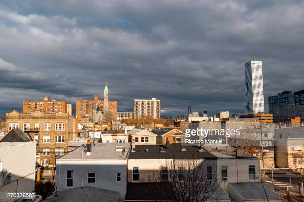 overcast in jersey city - jersey city stock pictures, royalty-free photos & images