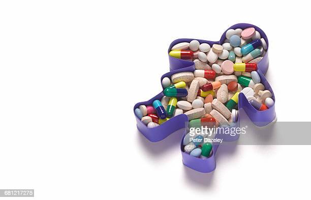 overdose over prescribed suicide - obsessive compulsive disorder stock pictures, royalty-free photos & images