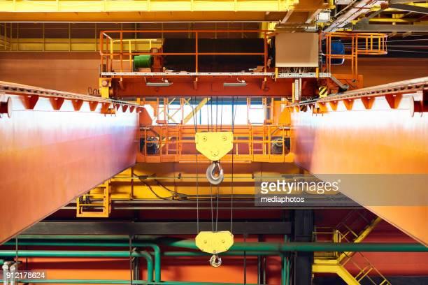 Travers på fabriken