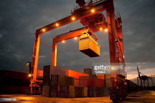 overhead crane - picking up stock pictures, royalty-free photos & images
