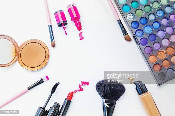 overhead  make up and beauty items