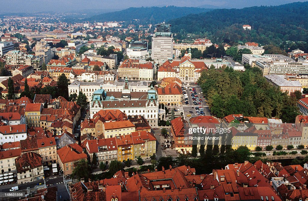Overhead of city from Ljubljana Castle. : Foto de stock