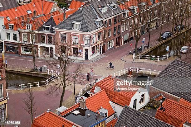 overhead of crossing of vlamingstraat and vrouwjuttenland. - merten snijders stockfoto's en -beelden