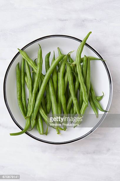 Overhead view of green beans in bowl