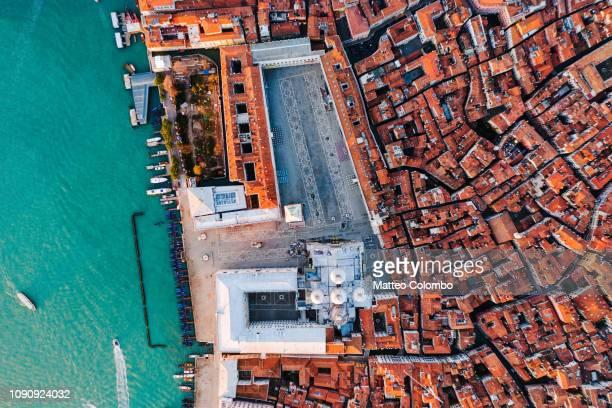 overhead view of st mark's square, venice, italy - basilica di san marco foto e immagini stock