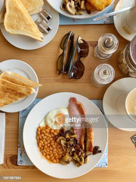 Overhead view of traditional English breakfast with toast