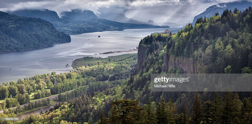 Overlook of the Columbia River Gorge : Stock Photo