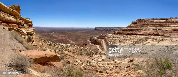 overlooking the valley of the gods from the 261 highway in utah - fitopardo stock pictures, royalty-free photos & images
