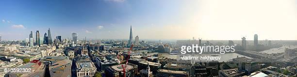 Oversize  panorama  of London view
