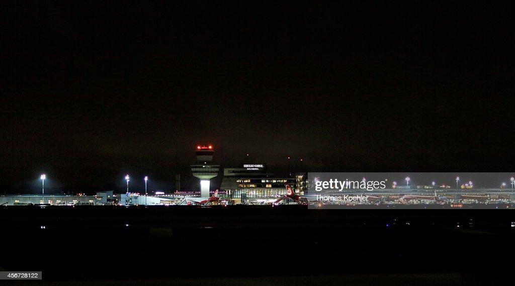 Berlin Tegel Airport At Night : News Photo
