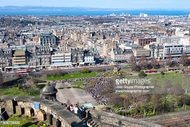 Overview of the city of Edinburgh