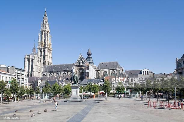Überblick über den Groenplaats in Antwerpen