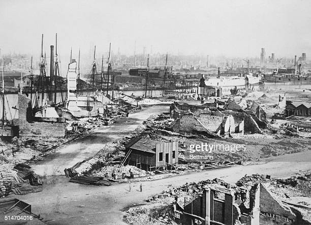 Overview of the remnants of buildings destroyed in the Great Chicago Fire of October 8 1871