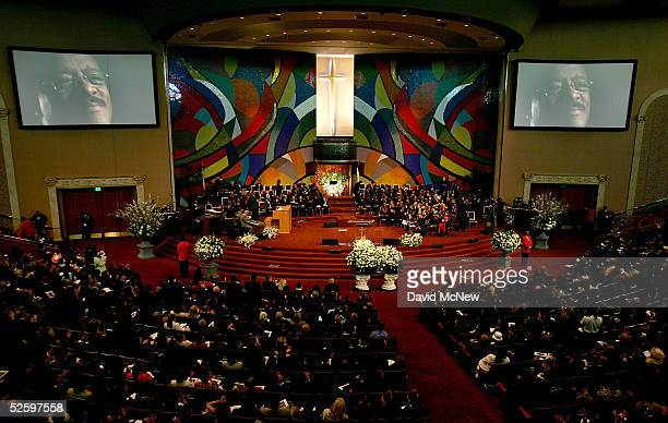 Overview of the West Angeles Cathedral during the funeral services for lawyer Johnnie L Cochran Jr on April 6 2005 in Los Angeles California