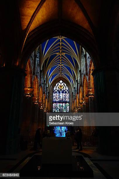 overview on interior of cathedral of saint giles, edinburgh, united kingdom - st. giles cathedral stock pictures, royalty-free photos & images
