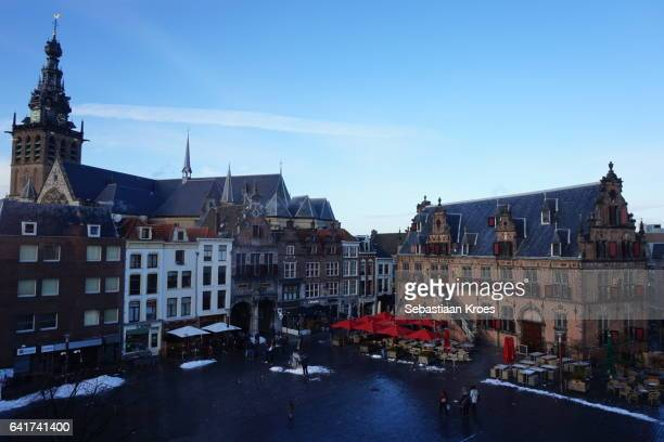 overview on the grote markt square, nijmegen, the netherlands - nijmegen stock pictures, royalty-free photos & images