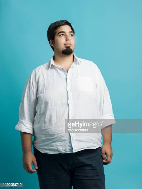 jeune homme en surpoids - chubby arab photos et images de collection
