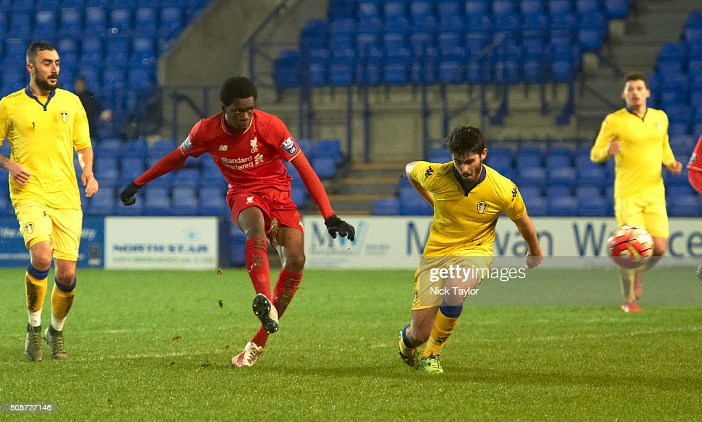 Ovie Ejaria of Liverpool and Tommaso Bianchi (left) and Alex Purver of Leeds United in action during the Liverpool v Leeds United U21 Premier League Cup game at Prenton Park on January 19, 2016 in Birkenhead, England.