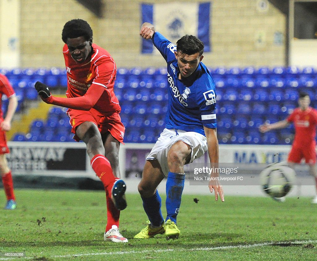 Ovie Ejaria of Liverpool scores during the FA Youth Cup 5th Round match between Liverpool and Birmingham City at The Swansway Chester Stadium on January 30, 2015 in Chester, England.
