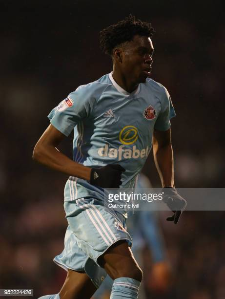 Ovie Ejaria of Sunderland during the Sky Bet Championship match between Fulham and Sunderland at Craven Cottage on April 27 2018 in London England