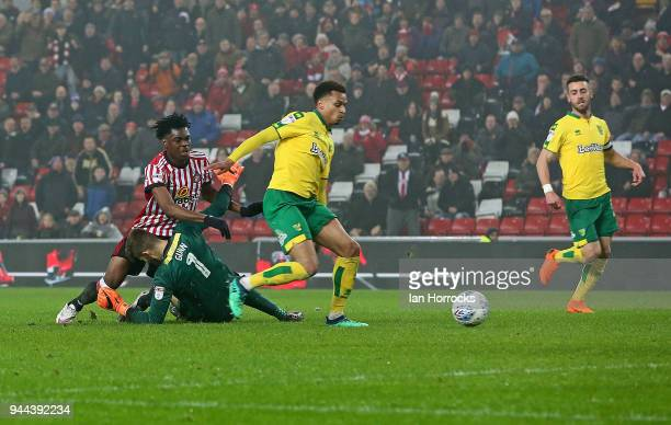 Ovie Ejaria of Sunderland is blocked by Norwich keeper Angus Gunn during the Sky Bet Championship match between Sunderland and Norwich City at...
